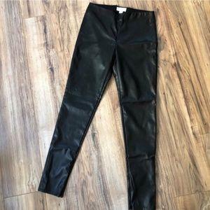 Velvet Graham & Spencer Berdine Faux Leather M